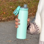 FlyLady's 25 ounce/750 ml Powder-Coated Stainless Water Bottle in Seafoam Green